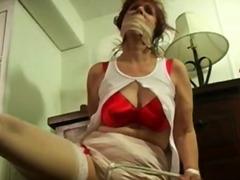Porno: Skllavizëm, E Lidhur, Ma Shiko Nga Afër
