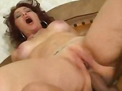 Porno: Me Fytyrë, Thithje, Anale, Derdhja E Spermës