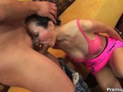 Porno: Tarprasinis, Didelis Penis, Analinis, Tailandietės