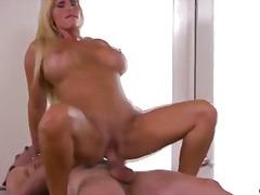 Pornići: Mamare, Hardkor, Velike Sise, Elegantno Popunjene