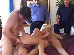 Porno: Sarışın, Qrup, Ağır Sikişmə