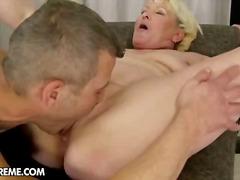 Porn: Fafanje, Starejše Ženske, Blondinka, Velike Joške