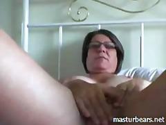 Porn: कैमरा, अधेड़ औरत, उंगली, बुड्ढी औरत
