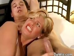 Porn: गहरी चुदाई, सुनहरे बाल वाली, मिल्फ़