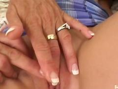 Porno: Milf, Në Treshe, Tinejgjerkat, Të Rrume