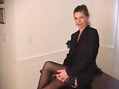 色情: 业余自拍, 干熟女, 手淫