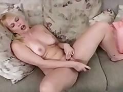 Bold: Orgasm, Dildo, Pagjajakol, Paglalaro