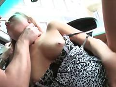 جنس: في السيارة, في العلن, لحس الشرج, زوجان