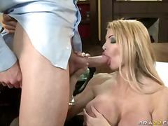 Porno: Penisy, Prádlo, Dávení Penisem, Blondýnky