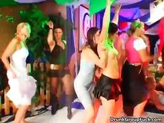 Porno: Grupas, Piedzērušies, Orālais Sekss, Gangbang