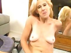 Porno: Duke E Fërkuar, Masturbime, Bjondinat, Milf