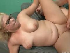 Porn: Velika Rit, Milf