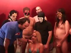 Porno: Ejakulācijas Tuvplāns, Partneri Mainās, Orālais Sekss, Grupas