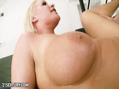 Porn: मुखमैथुन, योनि, चुम्बन, अमेरिकन