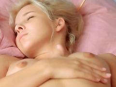 Porno: Tërheqëse, Pidh, Me Brekë