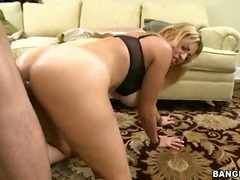 Porno: 2 Kobiety + 1 Mężczyzna, Trójka, Penis, Styl Na Pieska