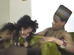色情: 精液洗面奶, 吹箫, 黑人, 干黑妞