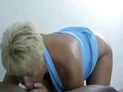 Porno: Éjaculations, Mamans, Éjaculations, Interracial