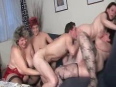 Porno: Grupikas, Teismeline, Gangbang, Küps