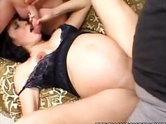 Porno: Trekantsex, Blowjobs, Fetish, Brunetter