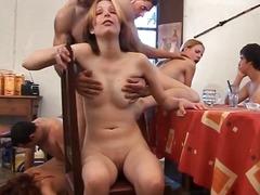 Porno: Brunetės, Orgija, Blondinės, Hardcore