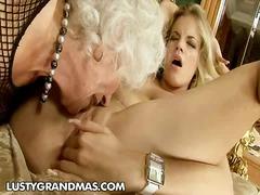 Porno: Brūns, Smagais Porno, Baltie, Skūpsti