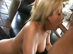Porno: Suhuvõtmine, Pornostaar, Suhu, Tagumik