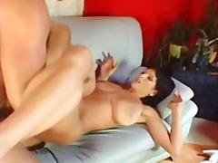 Porno: Éjacs Faciales, Anal, Chérie, Gros Seins