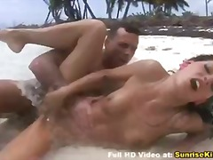 Bold: Modelo, Beach, Orgasm, Oral Sex