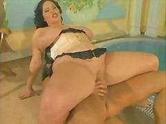 Porno: Bukuroshet Gjigante, Cicëmadhet, Çeke