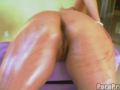 Porno: Võrgutatud, Munn, Massaaž, Tüdruk