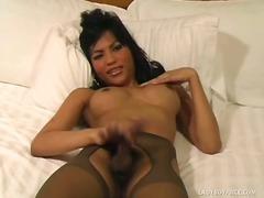 Porno: Sieviete Ar Peni, Solo, Brunetes, Shemale