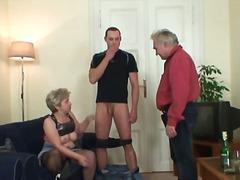 Porn: Տնային Տնտեսուհի, Ամուսնացած Կին, Շեկո, Մայրիկ