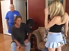 Lucah: Rambut Blonde, Realiti, Ibu Seksi