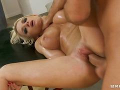 Порно: Сексуальні Матусі, Блондинки, Великі Цицьки, Бриті
