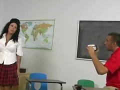 Порно: Брюнетки, Груди, Кінчання, Молоденька