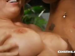 Porno: Në Gojë, Cicëmadhet, Milf, Bikini