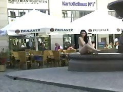 Porn: उत्तेजक प्रदर्शन, आकर्षक महिला