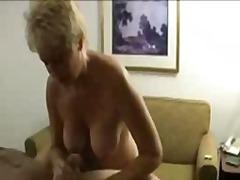 Porn: Velike Prsi, Masaža, Orgazem, Blondinka