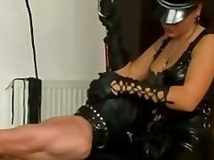Pornići: Vezivanje, Kožna Odeća, Dildo, Sado-Mazo