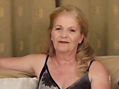 Porno: Vanaema, Küps, Masturbeerimine