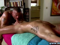 Порно: Масажа, Свршување, Тетоважа, Задник