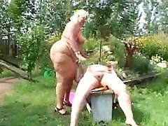 Porno: Lauke, Storos, Lesbietės, Blondinės