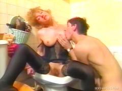 Porno: Undertøy, Par, Mus, Oralsex