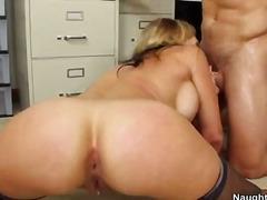 Porno: Sarışın, Ağır Sikişmə, Çalanşik