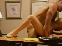 Porno: Gözəl Qız, Iri Döşlü, Sarışın