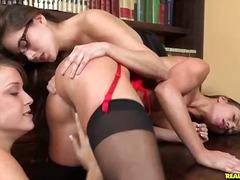 Porno: Lízanie, Nylon, Pornohviezdy, Okuliare