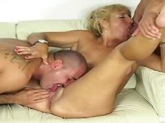 Porno: Puma, Mamatë, Milf