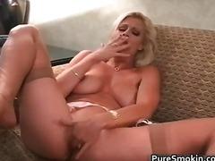 Porn: Kajenje, Fetiš, Milf, Masturbacija