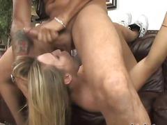 Porno: Threesome, Bjondinat, Anale, Penetrim